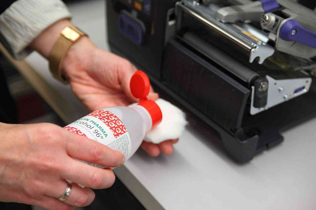 limpiar cabezales impresora con alcohol