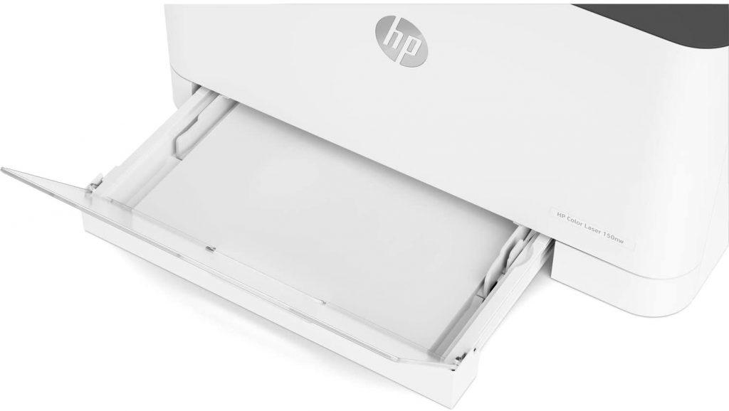 HP Color Laser 150nw bandeja de papel sobresale